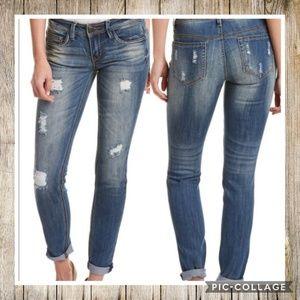 Dollhouse Charley Distressed Capri Jeans